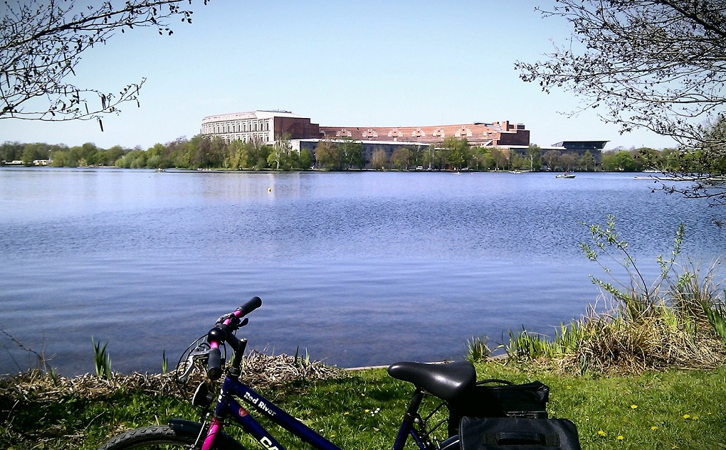Dutzendteich and Kongresshalle