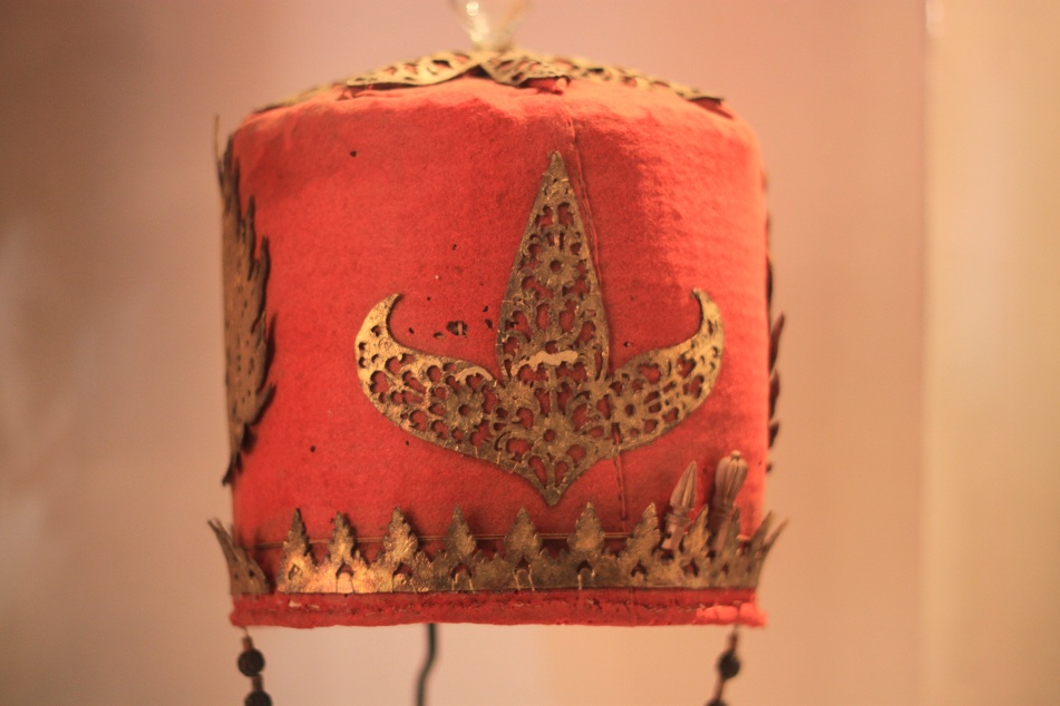 Hindu Priest's Headwear – Bali