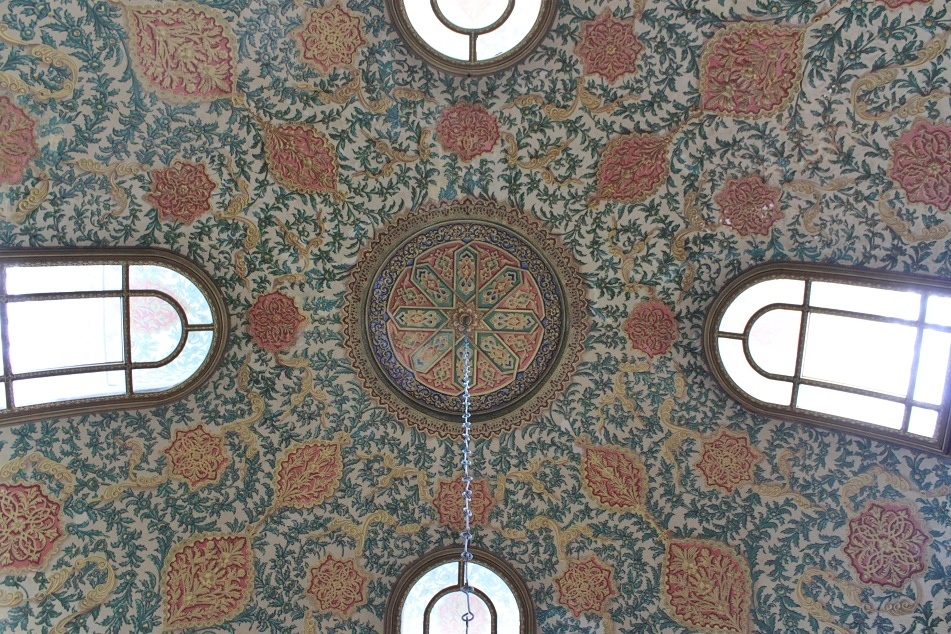 Ceiling Decorations, Yerevan Kiosk