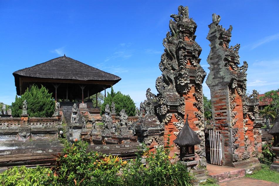 Kerta Gosa Bali S Palace Of Justice What An Amazing World