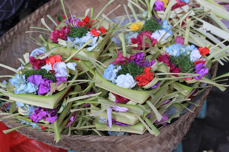 Canang Sari, the Ubiquitous Balinese Offering