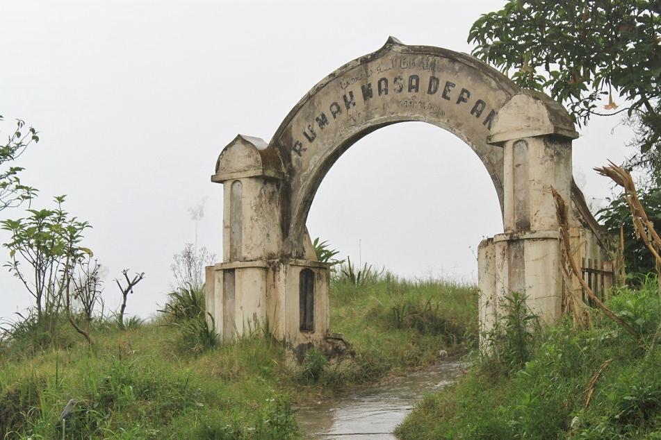 Rumah Masa Depan (Future House – Graveyard)