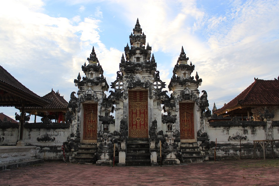 Pura Dalem, One of Nusa Lembongan's Main Temples