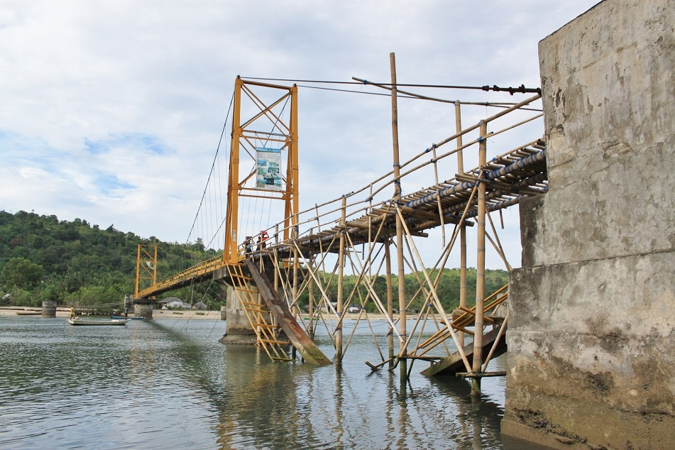The Bridge Connecting Nusa Lembongan and Nusa Ceningan