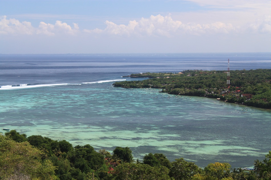 The Calm Water between Nusa Lembongan and Nusa Ceningan