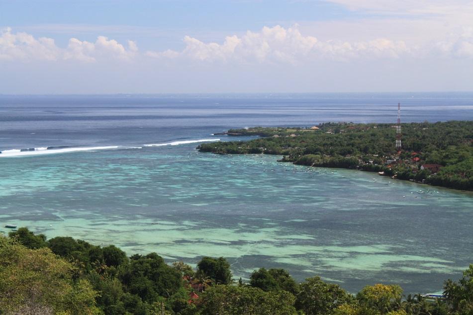 The Calm Water between Nusa Lembongan and Nusa Ceningan