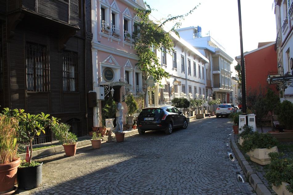 The Charming Neighborhood of Sultanahmet