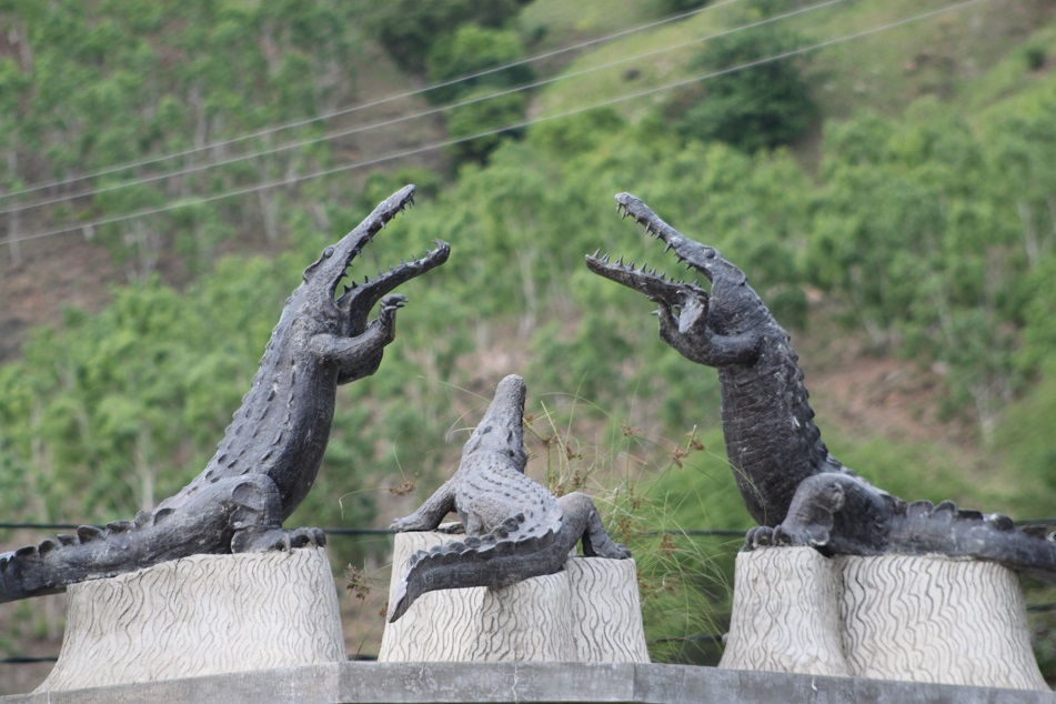 Crocodile Statues outside Dili