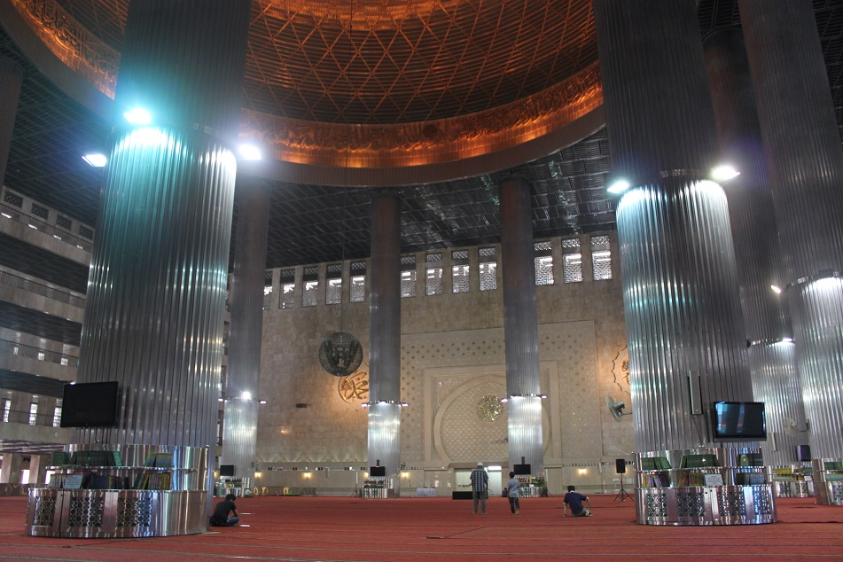 Inside Istiqlal Mosque