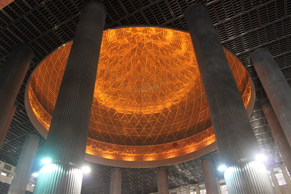 The Mosque's Illuminated Dome Ceiling