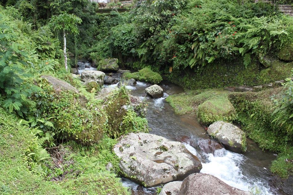 Pakerisan River
