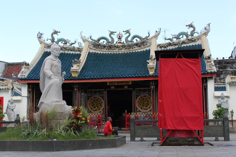 Tay Kak Sie Temple and A Statue of Zheng He