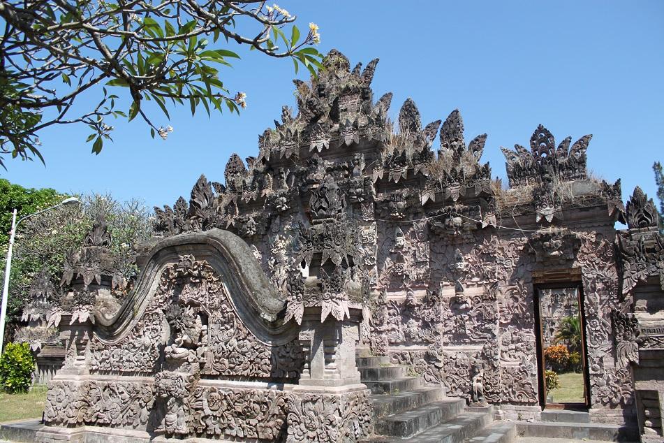 Pura Beji's Distinct Architecture