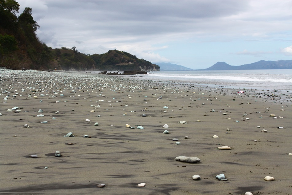 Blue Pebble Beach at Nangapanda