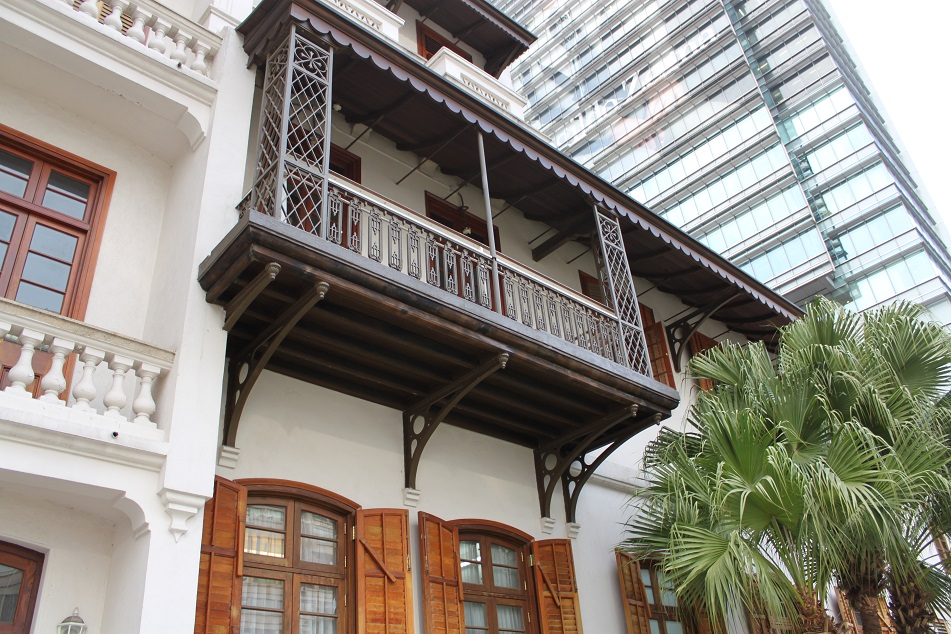 Indian Balcony, A Distinctive Feature of the Old Building