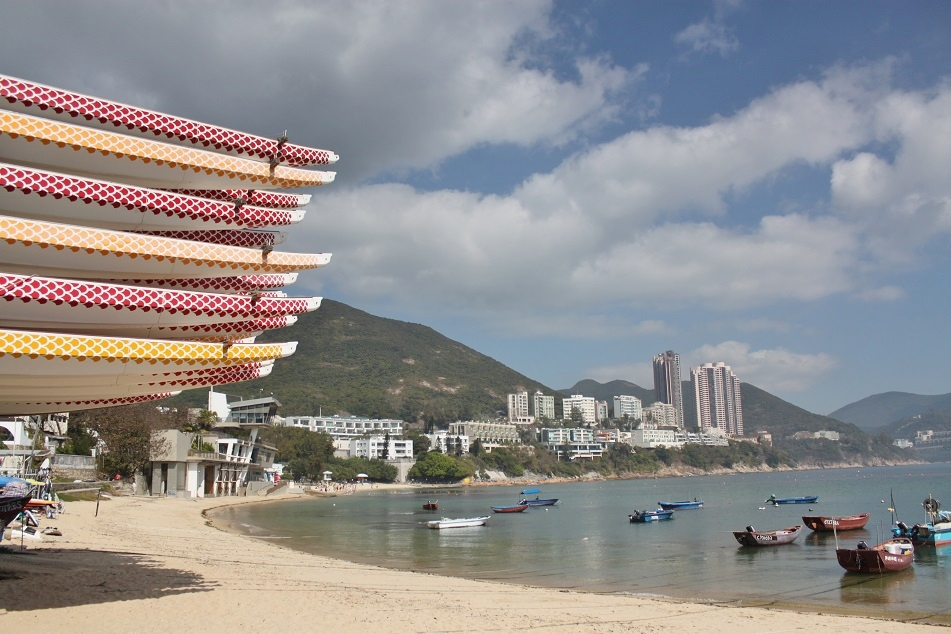 Dragon Boats at the Main Beach