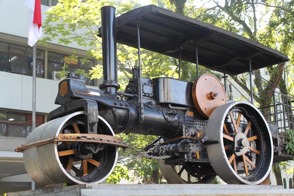 An Old Wagon, De Grote Postweg's Relic