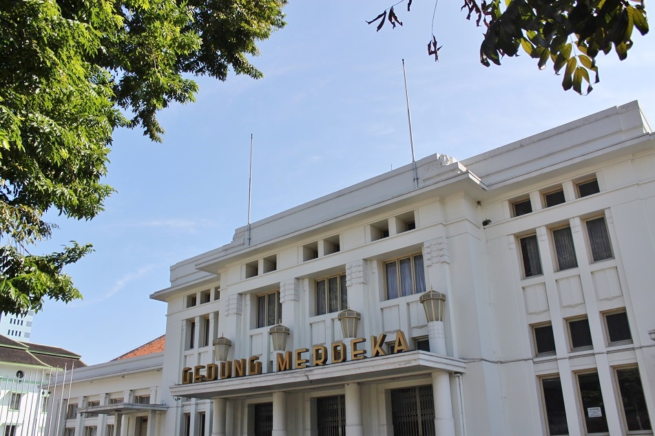 Gedung Merdeka, Formerly the Clubhouse of the Concordia Society