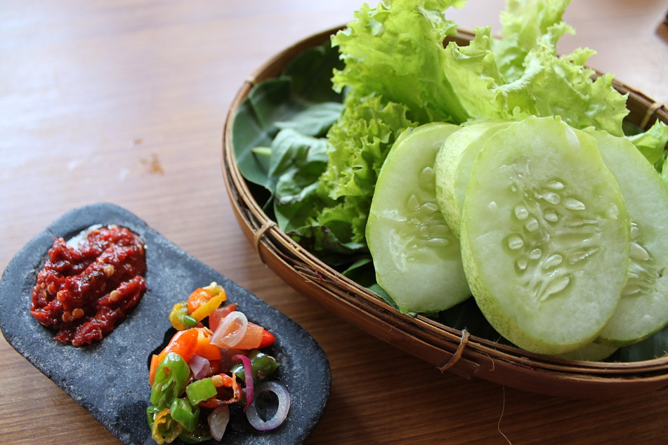 Fresh Vegetables and Sambal – Essential in Sundanese Dishes