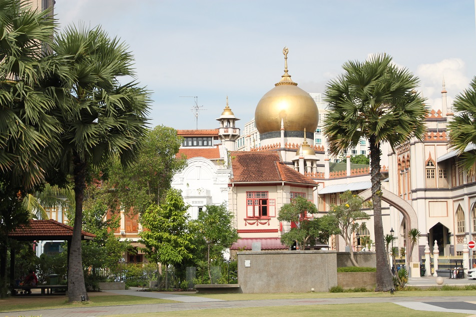 Sultan Mosque from the Grounds of the Sultan's Old Palace