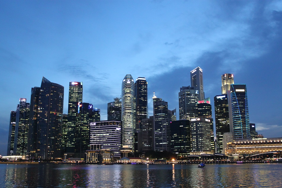 All the Glitz for Which Singapore is Known