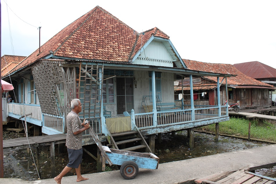 A Glimpse of Daily Life at Kampung Kapitan