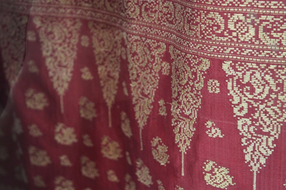 Songket, Made from Gold Threads