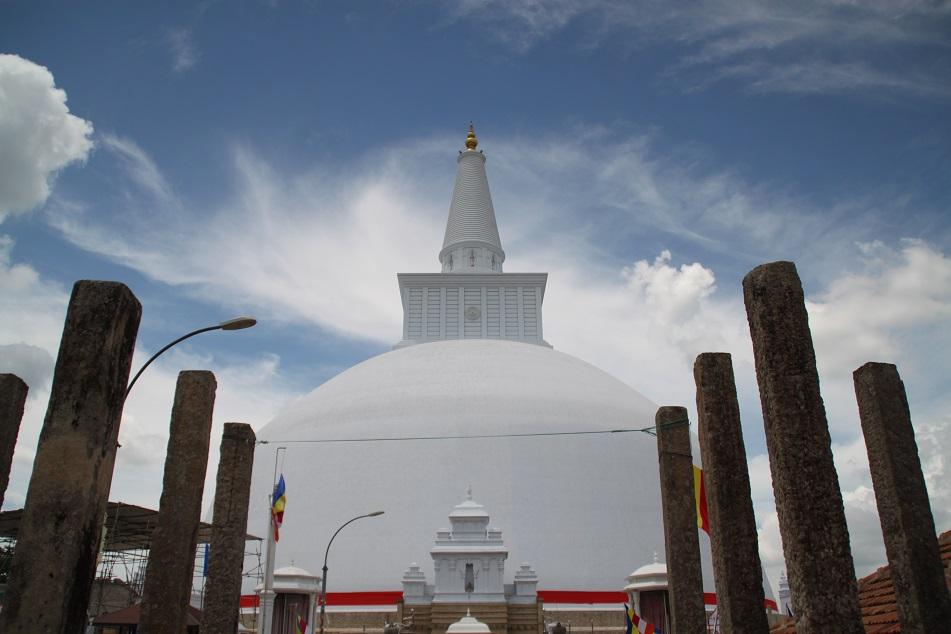 Ruwanwelisaya, One of the Most Sacred Places in Sri Lanka