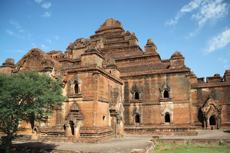 A Closer Look at the Biggest Temple in Bagan