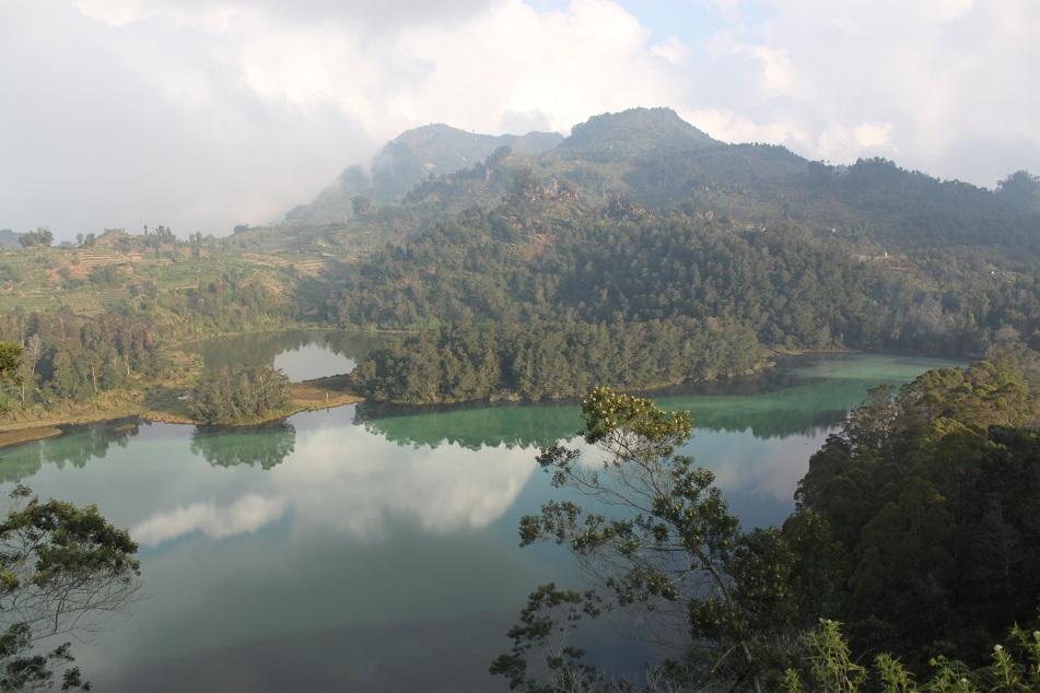 Dieng Lake