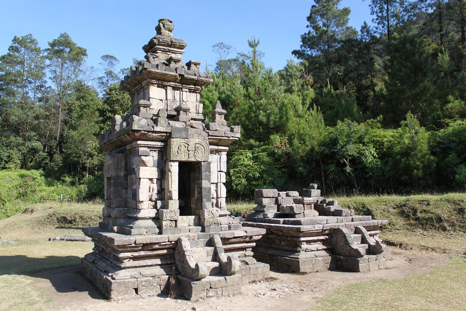 A Small Shrine near Gedong IV