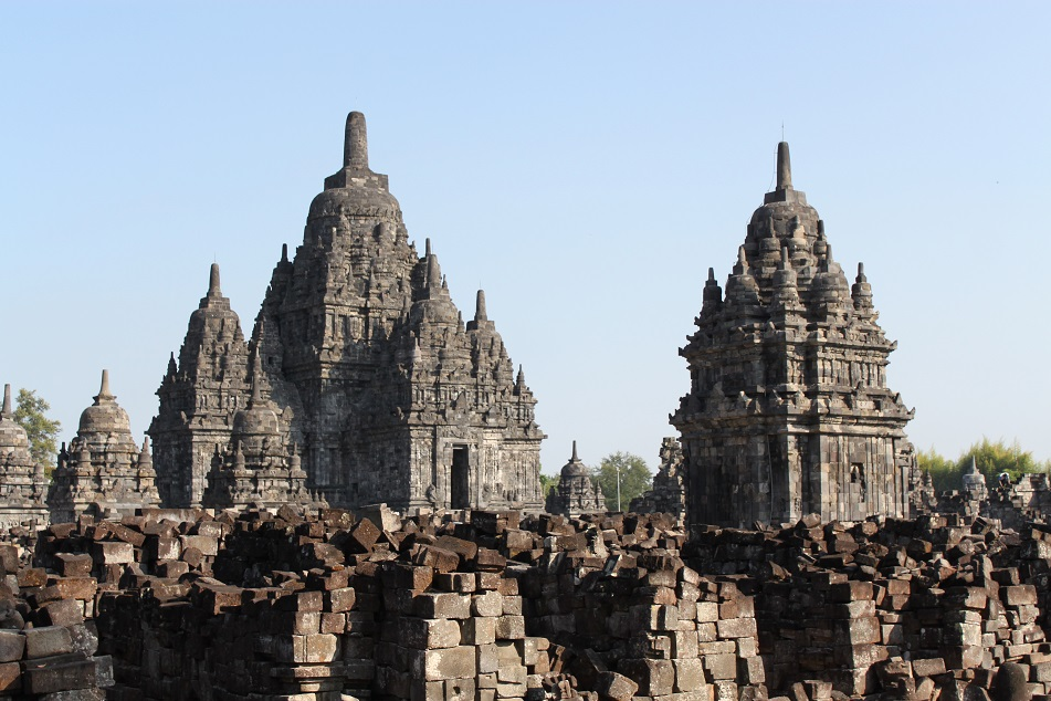 The Main Temples and Hundreds of Unrestored Smaller Shrines