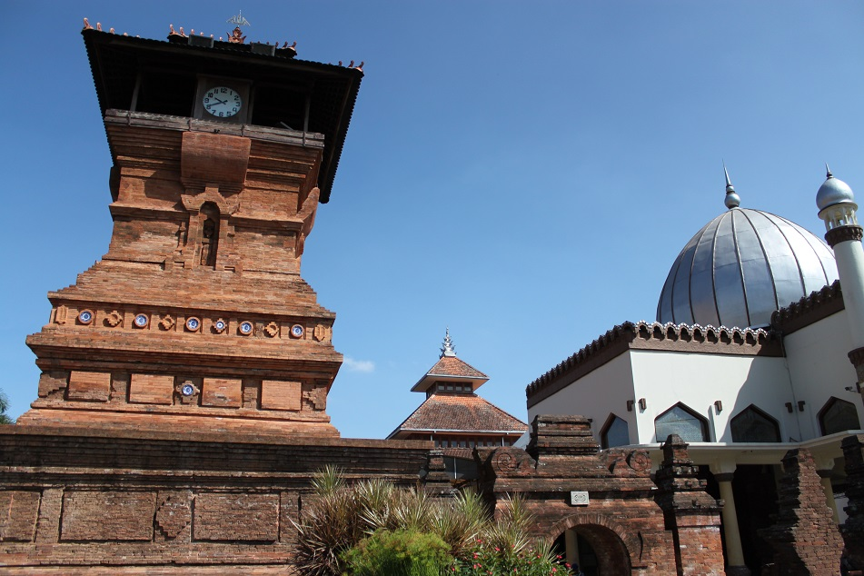 The 16th-Century Masjid Menara Kudus (Menara Kudus Mosque)