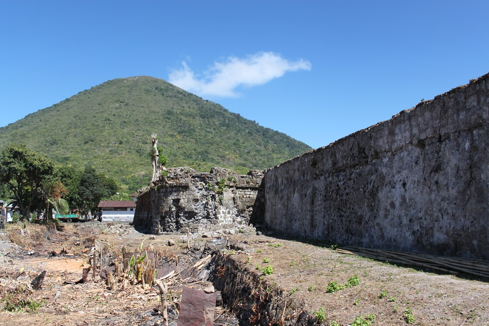 The Crumbling Defensive Walls of Fort Nassau