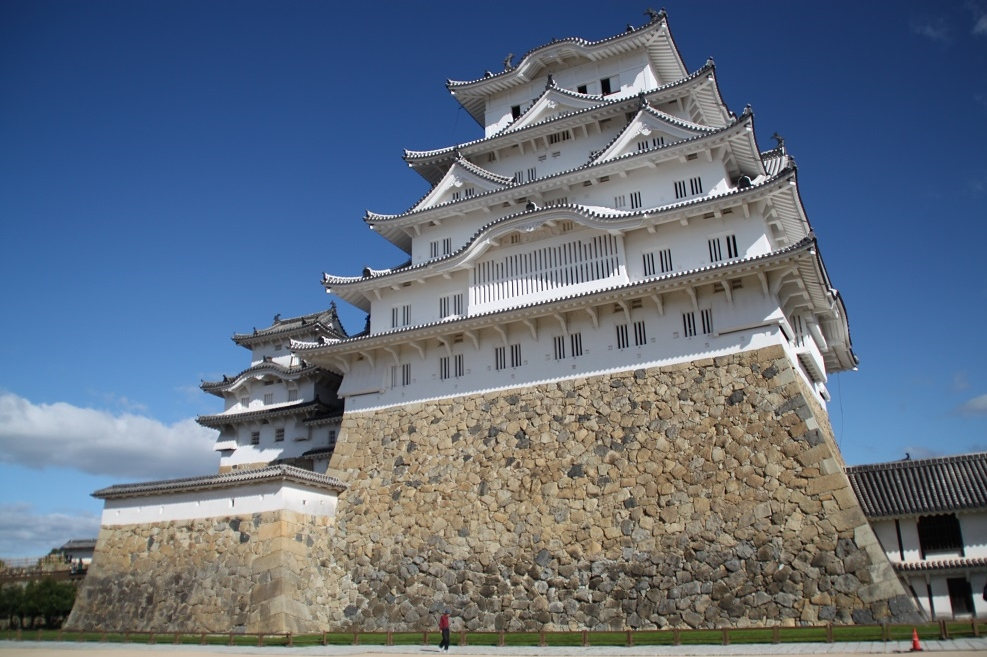 The Imposing 14th-Century Himeji Castle