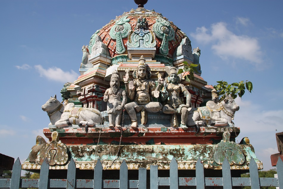 The Hindu Trimurti (Shiva, Vishnu and Brahma) near Kapaleeswarar Temple