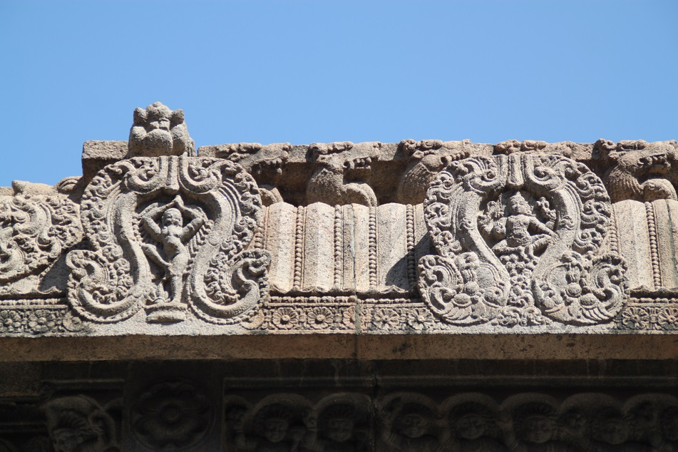 Relief Carvings at Kapaleeswarar Temple