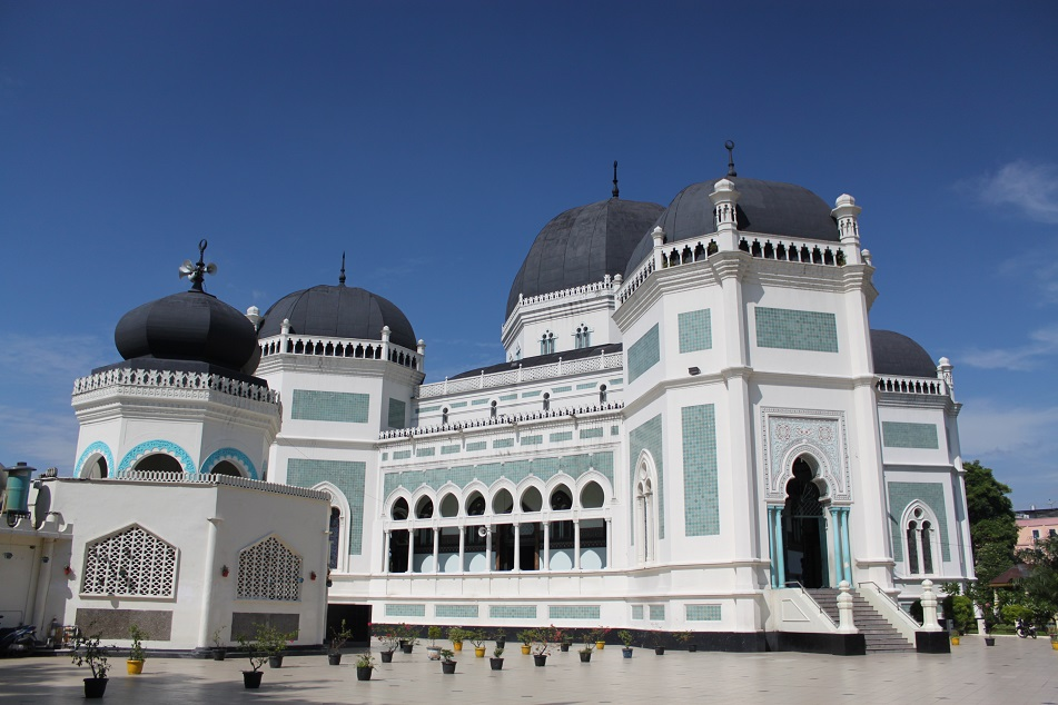 The Mosque's Side View
