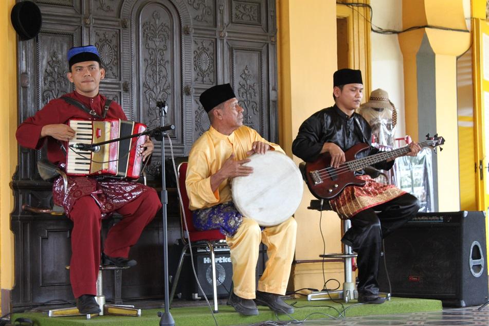 Palace Musicians