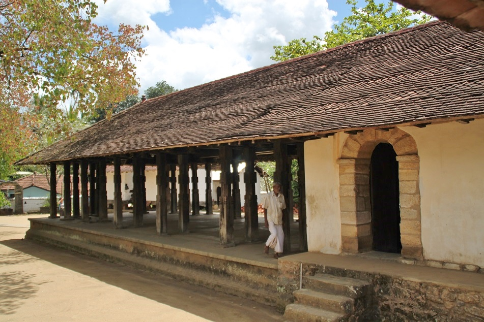 Embekka Devalaya