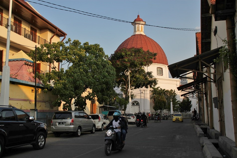 Killing Time in Semarang | What an Amazing World!